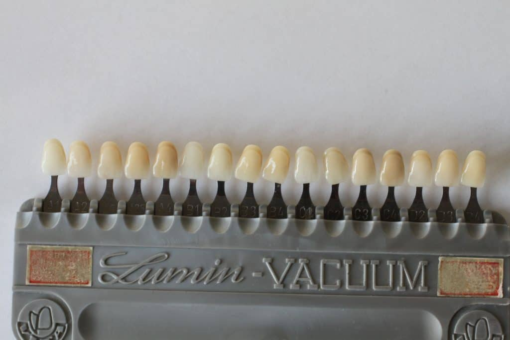 Zahnfarbe a3