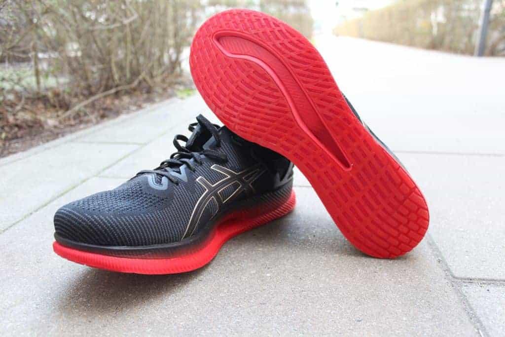 ASICS Metaride mit Blick auf die neue Schuhsohle