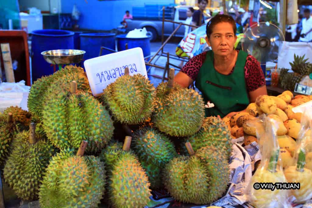 durian-at-phuket-weekend-market