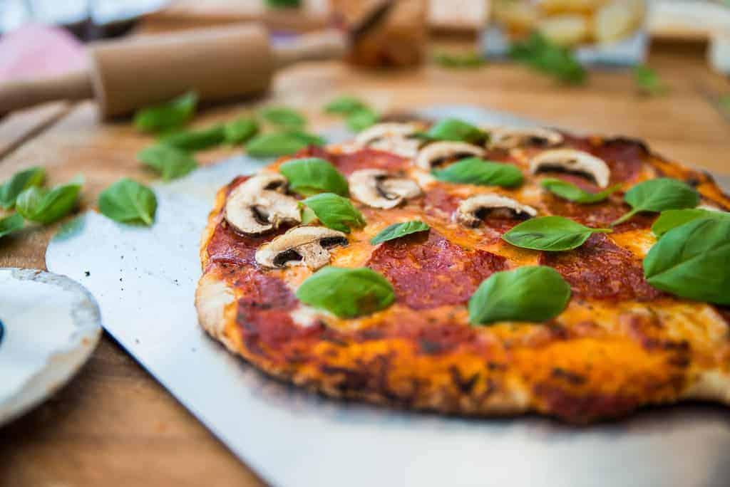 Schneller italienischer Pizzateig
