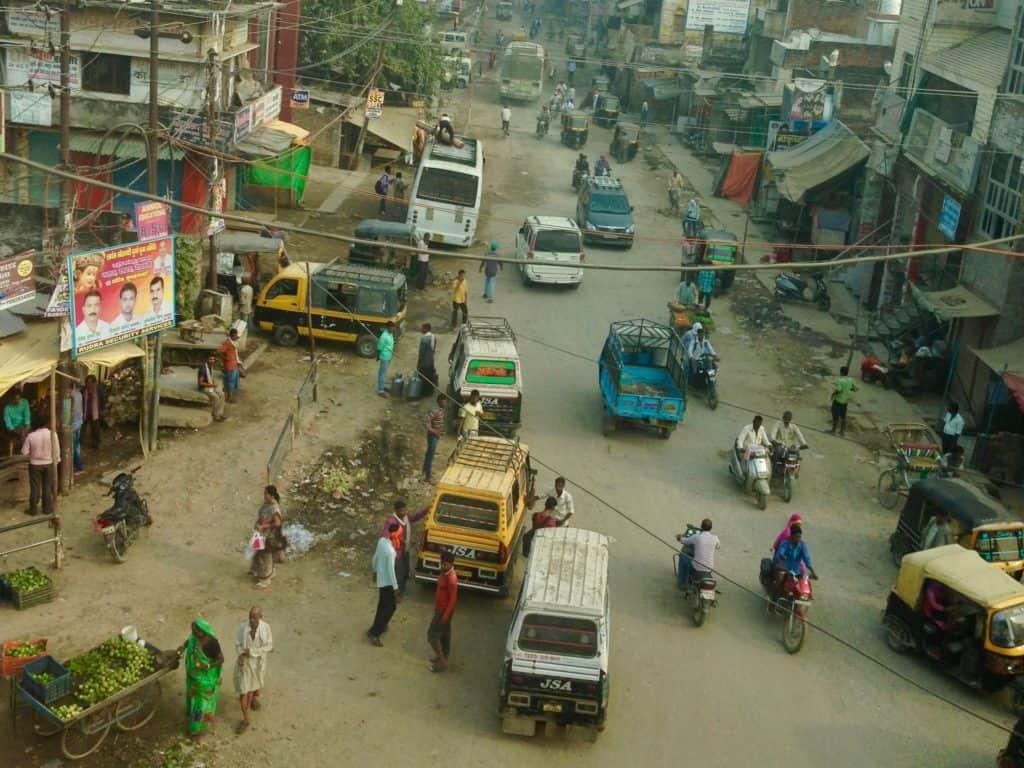 Varanasi Indien: Laut, voll, chaotisch ist die Stadt am Ganges