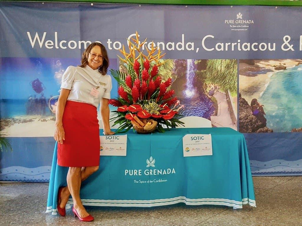 Johanna bei der Arbeit als Reiseleiterin auf Grenada