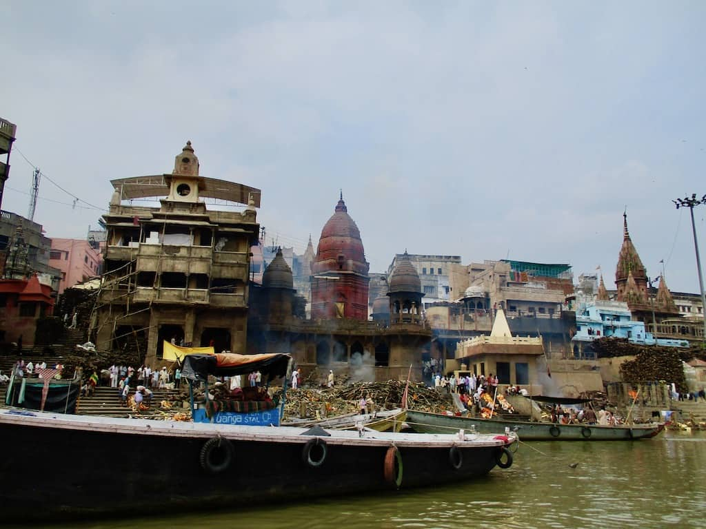 Indien Sehenswürdigkeiten: Manikarnika Ghat in Varanasi