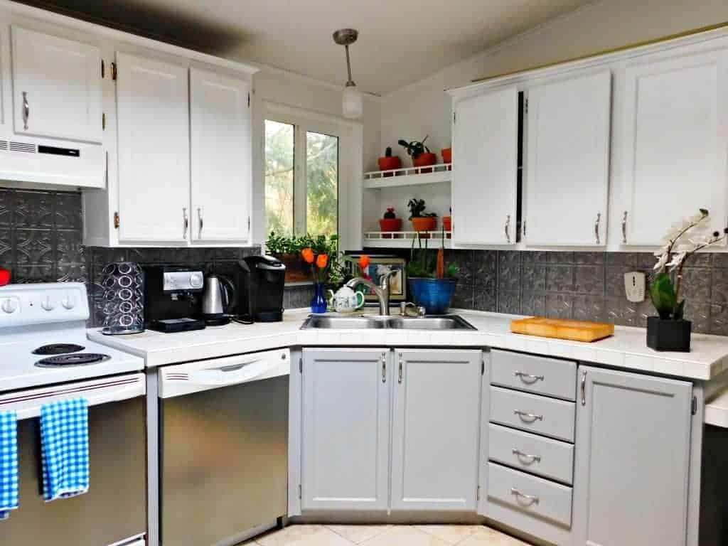 farmhouse kitchen ideas on a budget