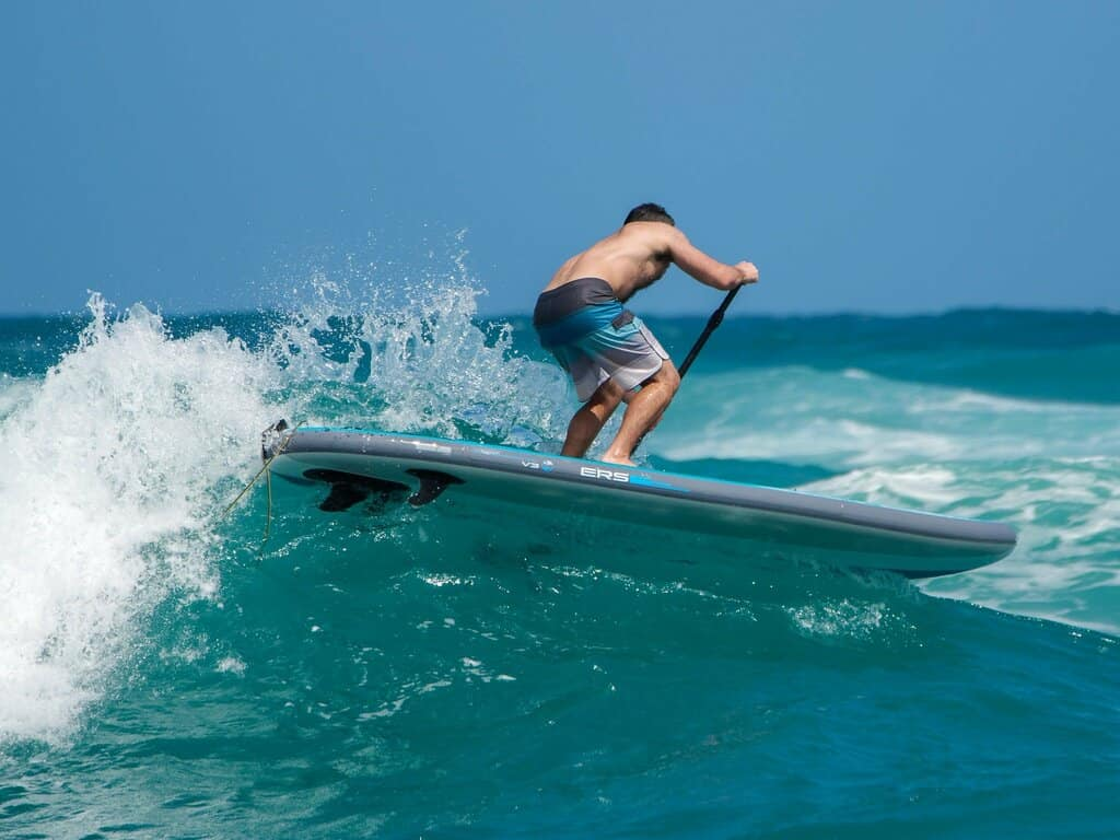 Surfing SUP with Rocker