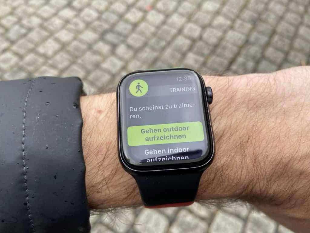 Apple Watch Series 6 Gehen outdor aufzeichnen