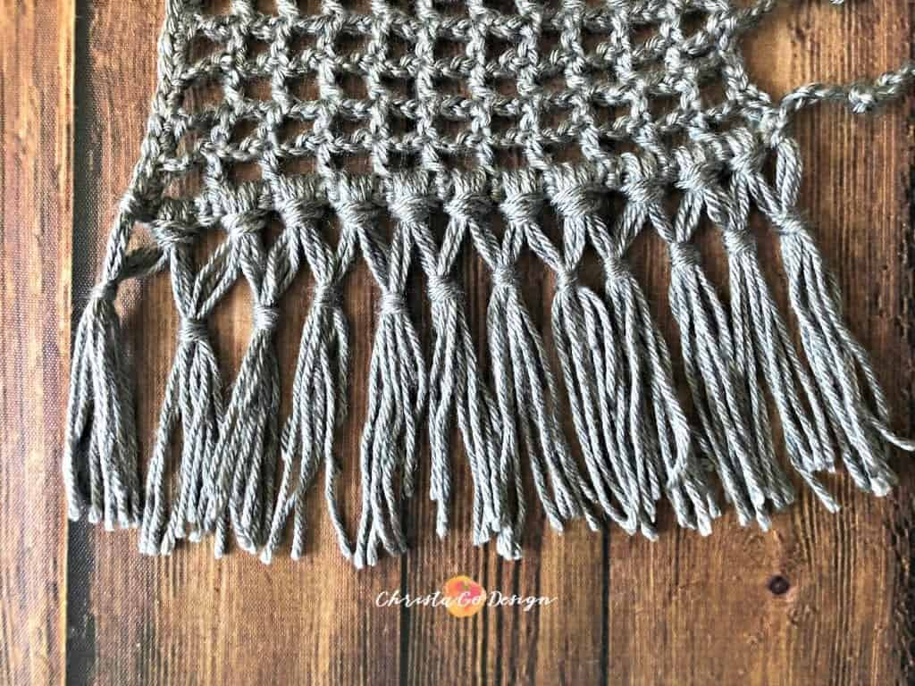 picture of double knot fringe