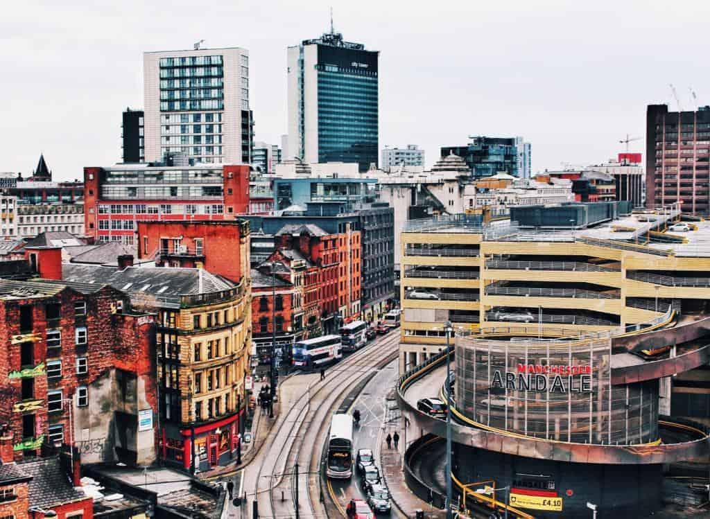 Widok na zabudowę miejską Manchester