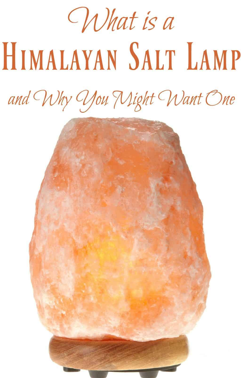 What is a Himalayan Salt Lamp and Why You Might Want One - Learn how it can help: Decrease allergy symptoms, Decrease in asthma symptoms, Support the immune system, Increase a more positive mood, Increase energy, Decrease migraines, & Help alleviate depression. #saltlamps #himalayansalt #allergies #natural #home