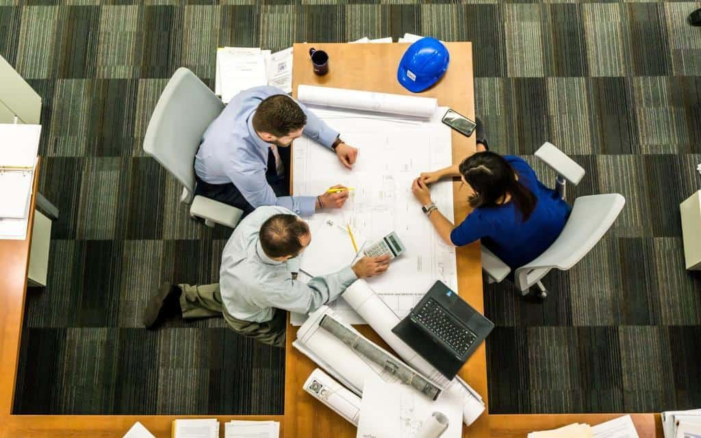 project management is the key in outsourcing software development