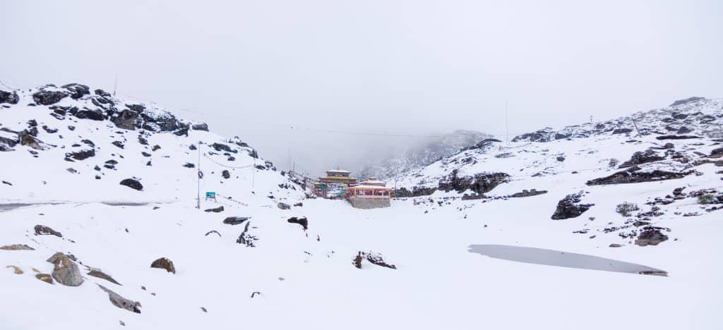 Sela Pass snow
