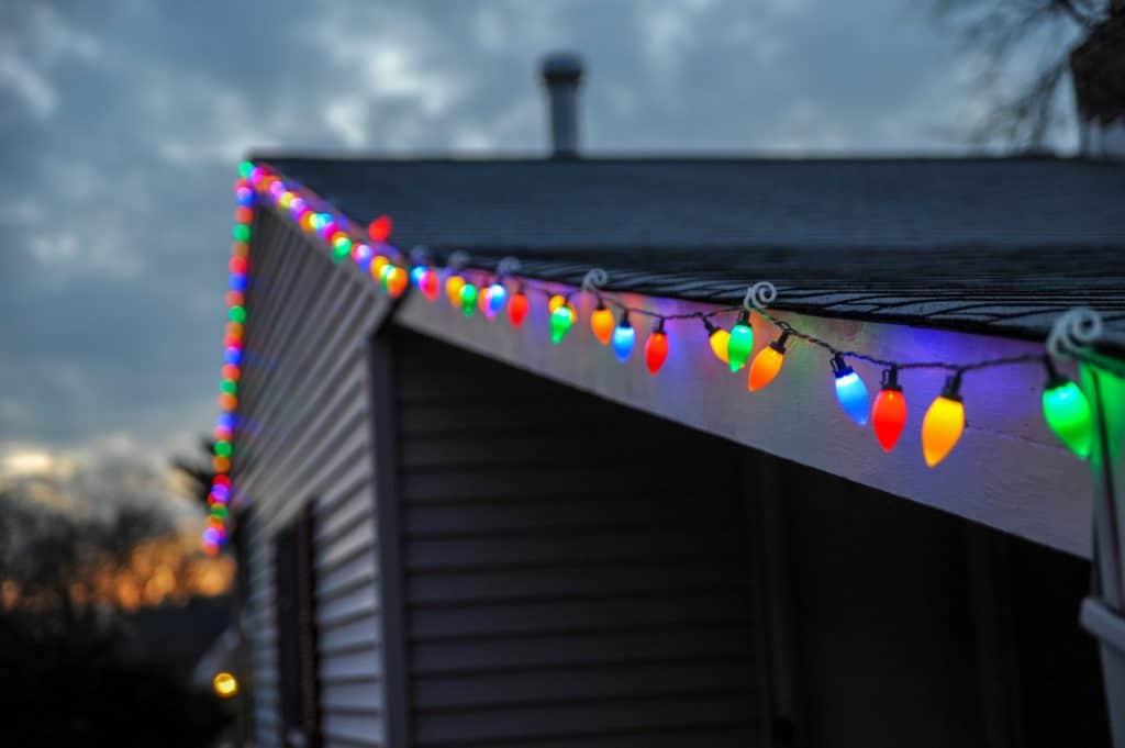 holiday lighting on house