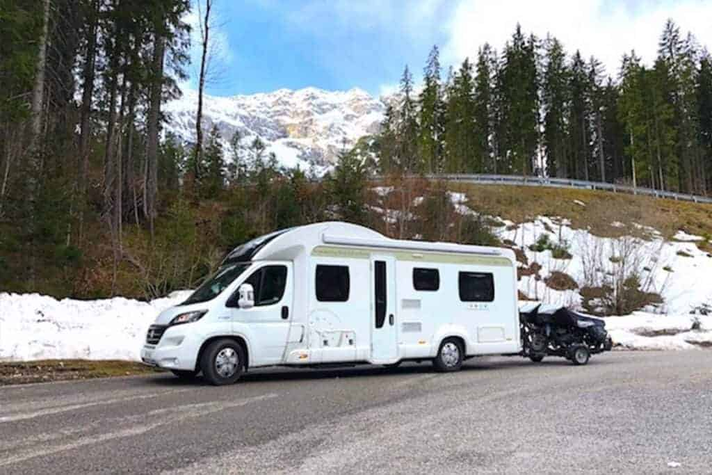 Looking for way to stop condensation in your Motorhome, RV or campervan?? Here are 12 ways to help reduce that annoyance of winter camping!
