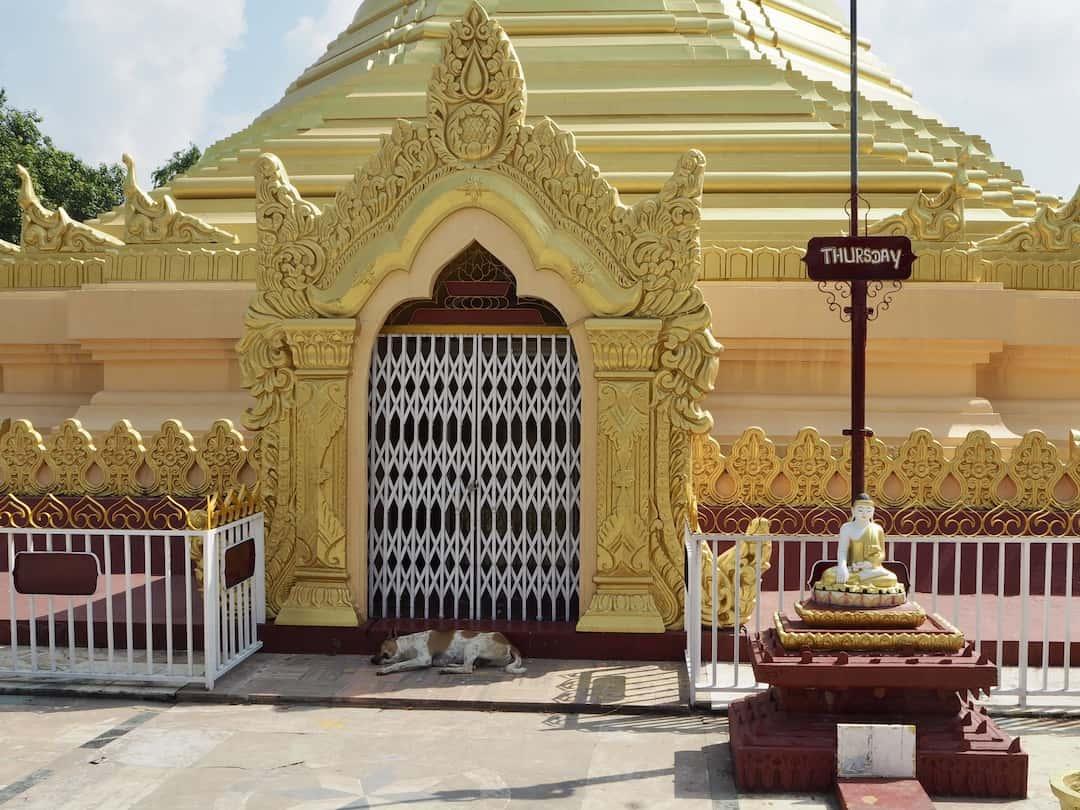 Goldenen Pagode aus Myanmar im Peace Park