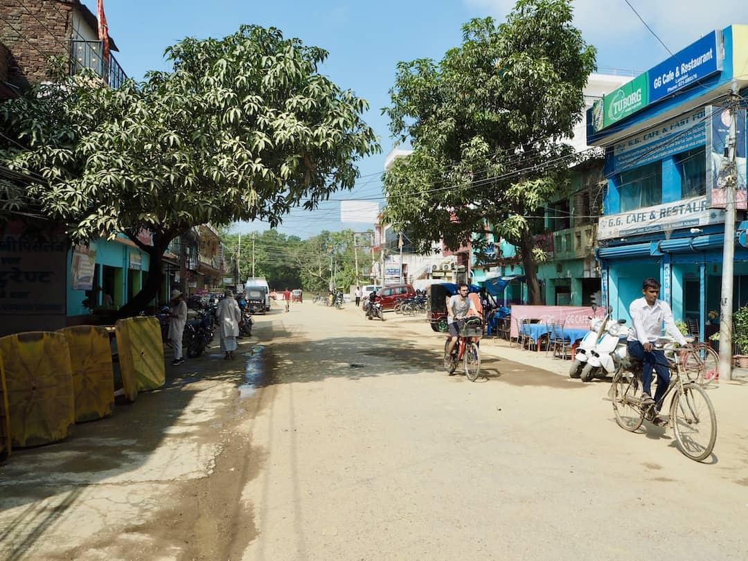Lumbini, Nepal: Hauptstraße in Rummindai