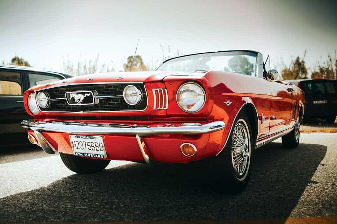 Классический Ford Mustang