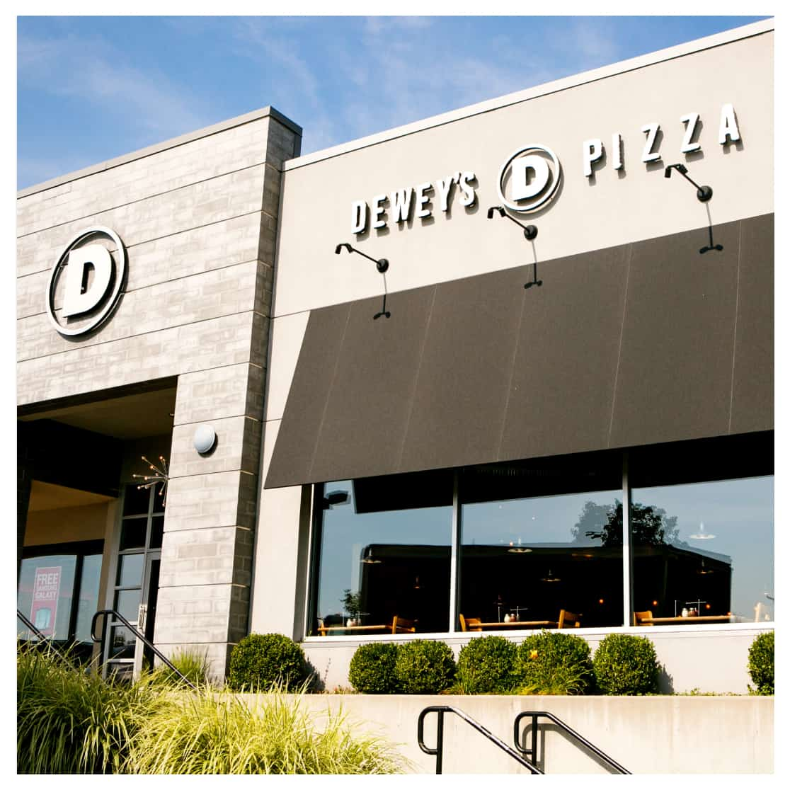 Deweys Pizza Restaurant using Thanx