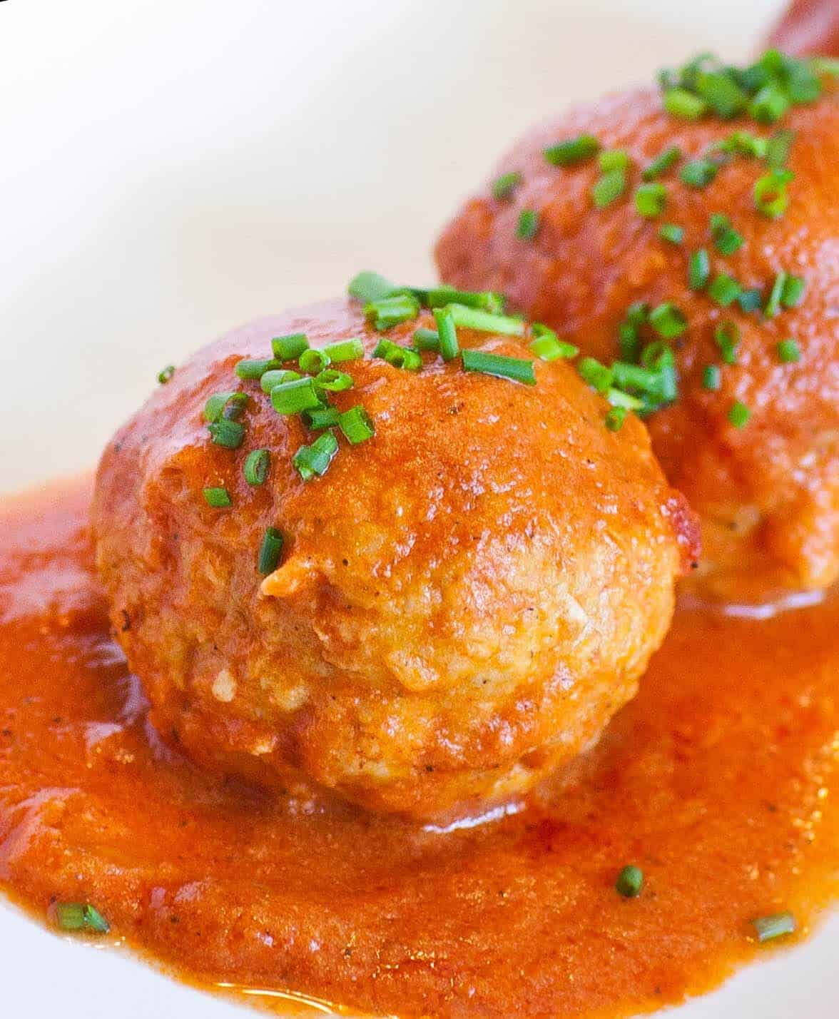 russian meatballs with sauce