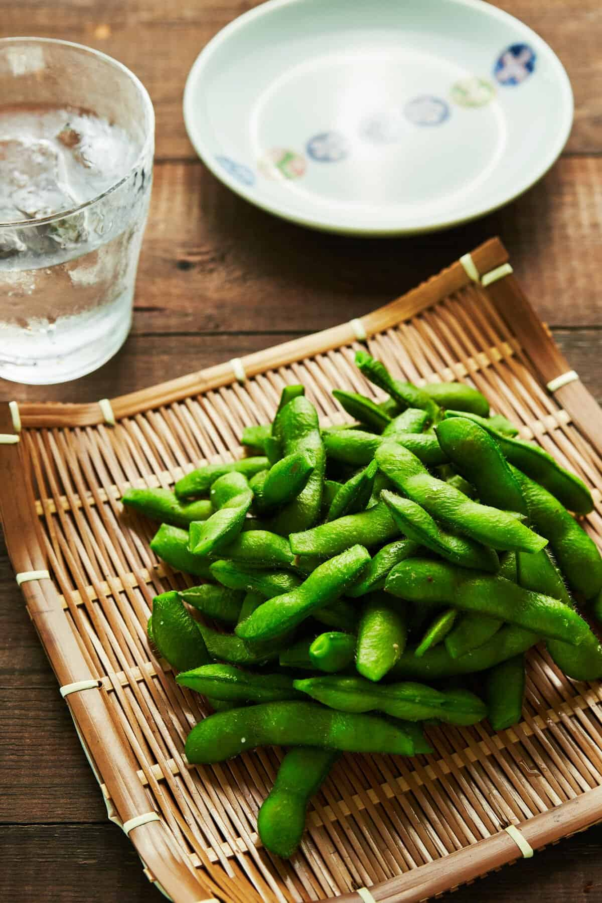 Edamame are an easy nutritious Japanese appetizer that come together in a matter of minutes. Here's a recipe for the best way to prepare these green summer treats.