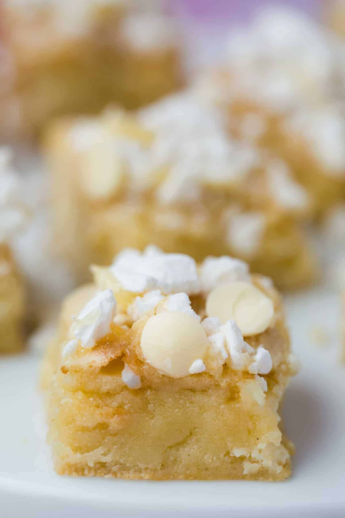 A gooey white chocolate blondie flavoured with lemon.