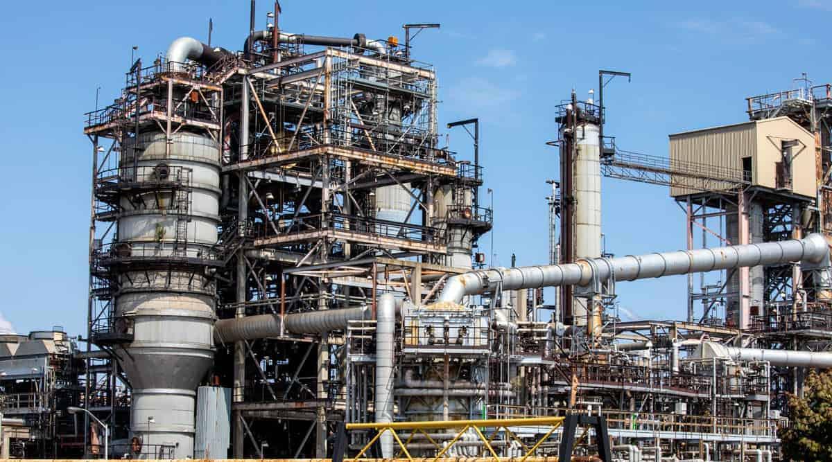 Petrochemical Refinery in Canada