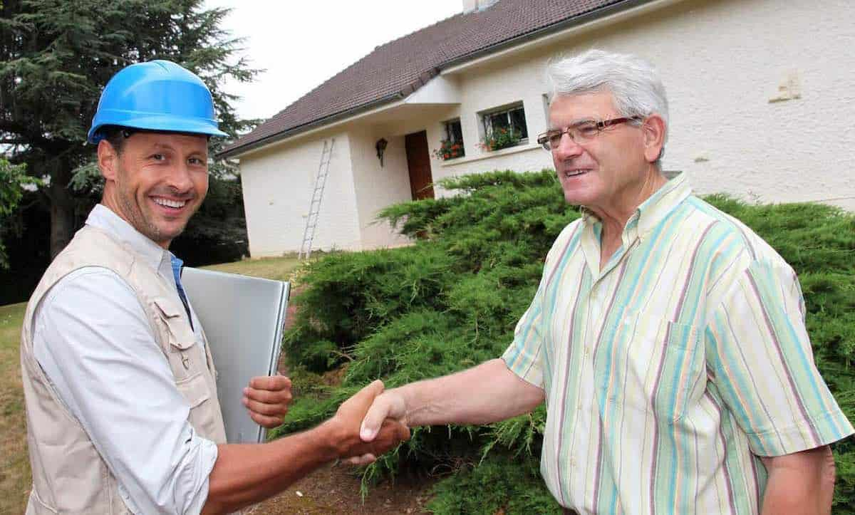 Homeowner Agreeing To Illegal Contract For Insurance Claim Repairs With Contractor