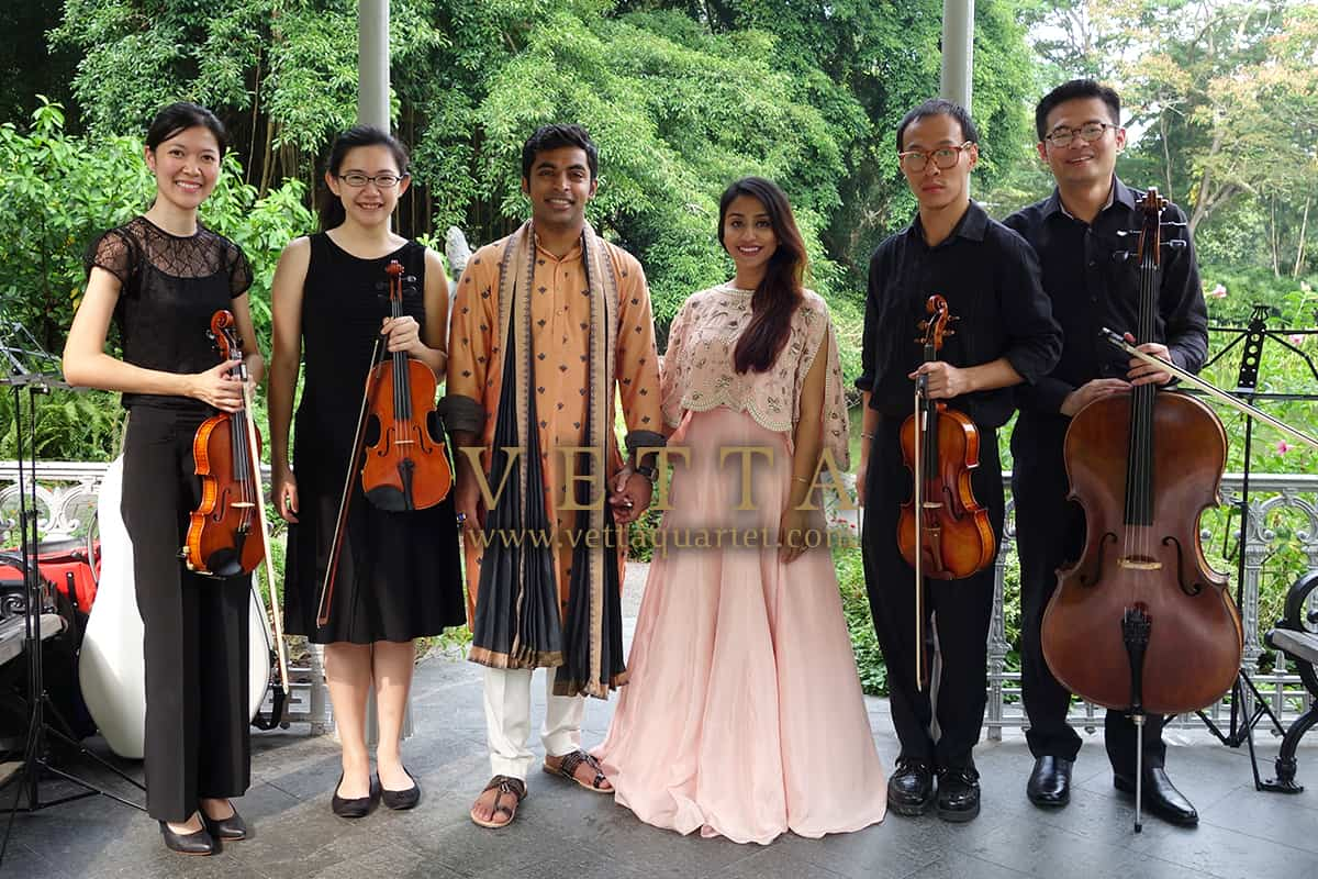Live String Quartet playing romantic background music for Proposal at Botanic Gardens