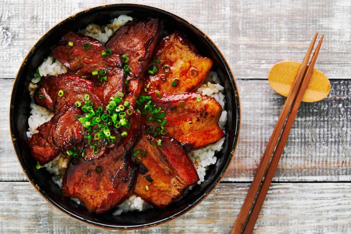 Tokachi Butadon is an easy grilled Japanese pork bowl serve on a bed of rice.