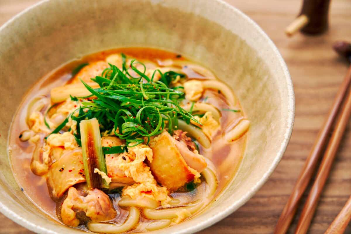 Tender, juicy chicken and Japanese udon noodles in piping hot chicken broth.