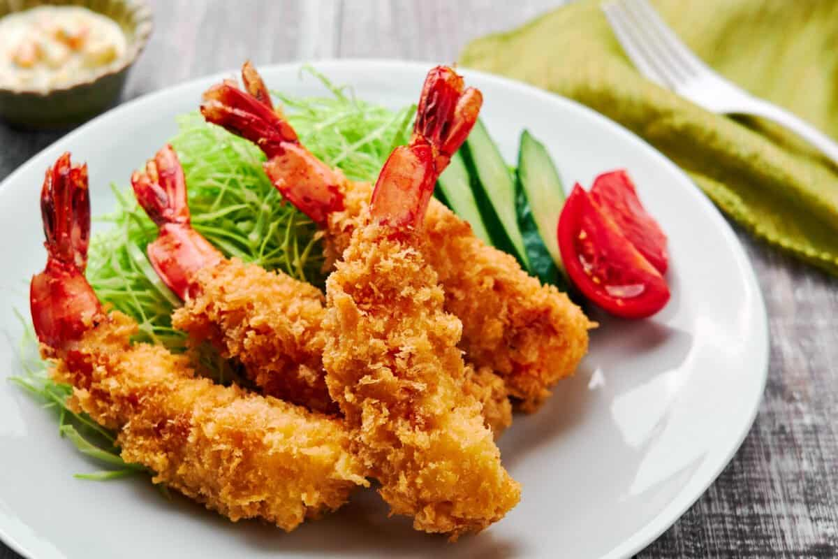 Japanese panko fried shrimp or Ebi Fry is an easy homecooked meal that can be taken to the next level with a few easy techniques.