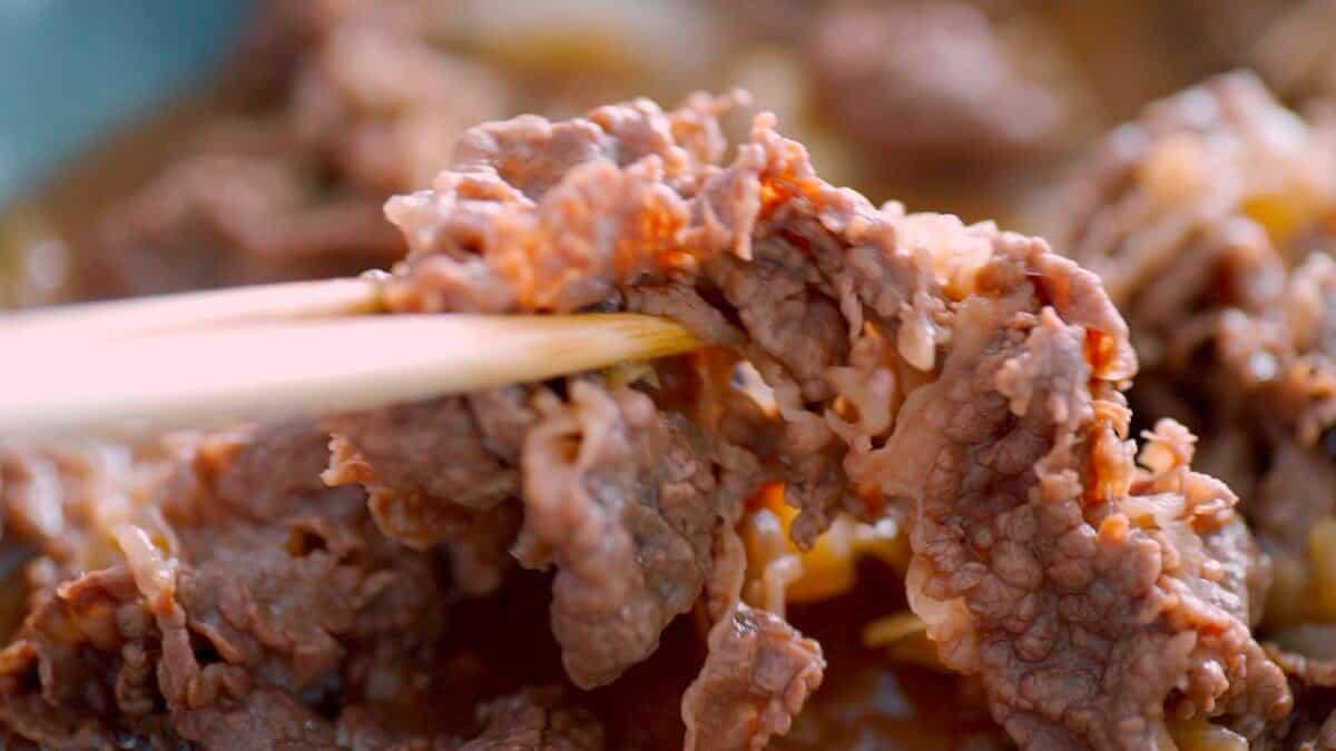 Homemade Yoshinoya-style Gyudon (Beef Bowl) in a pan.