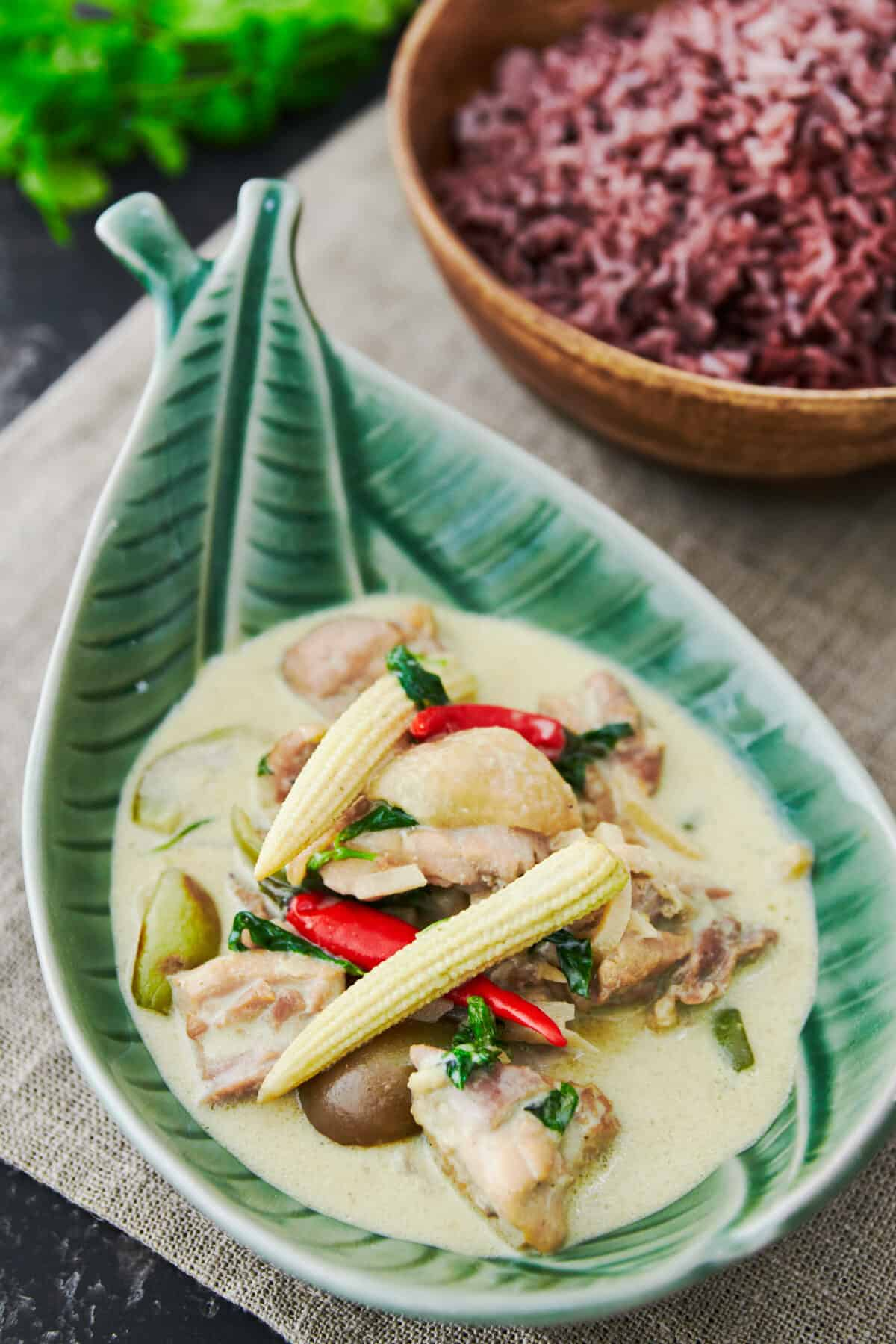 With tender chunks of chicken cooked in a fragrant green curry sauce with eggplant, baby corn and bamboo, this classic Thai recipe is a quick fix that's sure to please. Serve it with a side of riceberry for a stunning green and purple contrast.