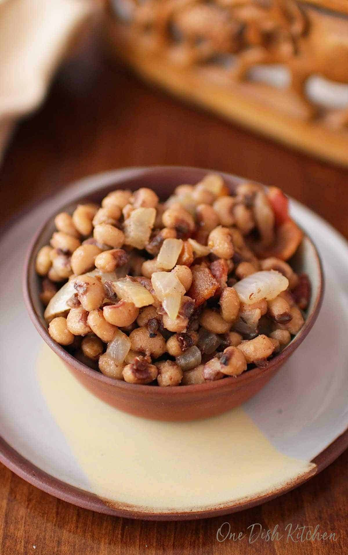 Black Eyed Peas with Bacon, Onions, and Garlic in a bowl