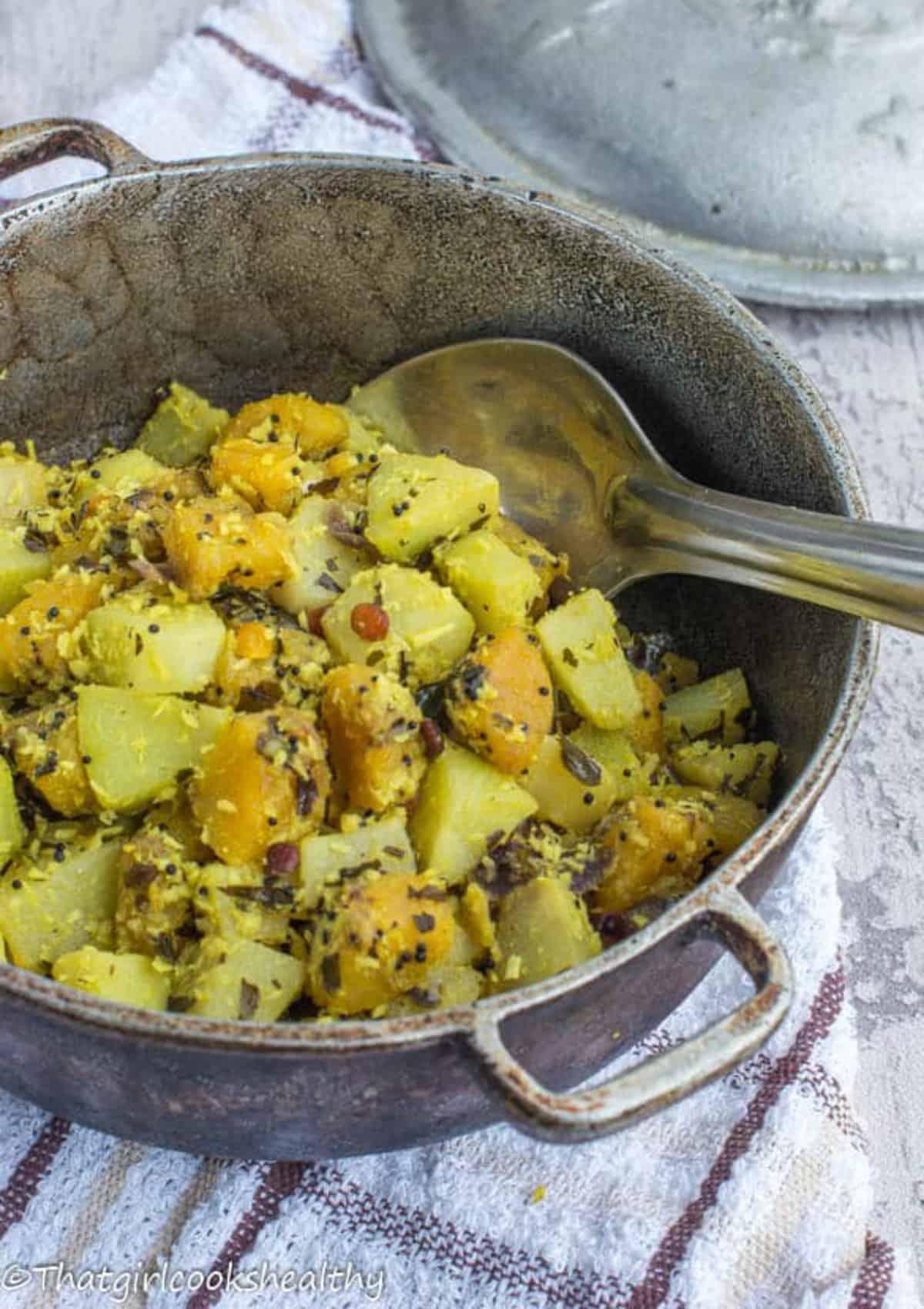 plantain and cho cho in a dutch pot