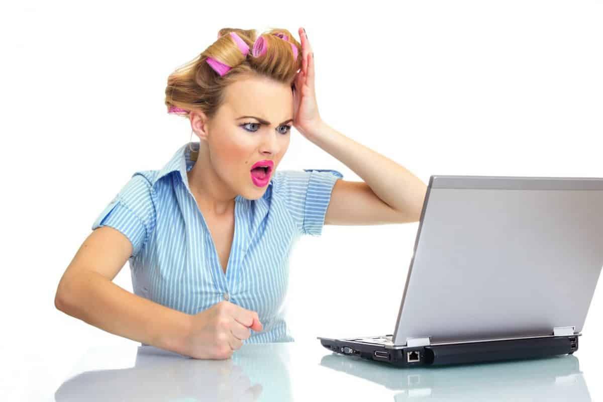 Woman understanding computer problems.