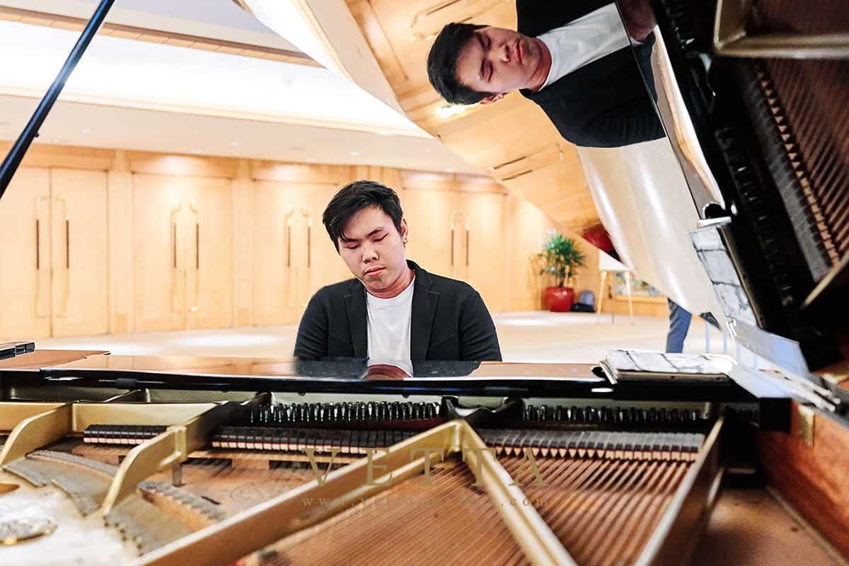 Solo Piano for Pre Wedding Cocktail reception at Ritz Carlton