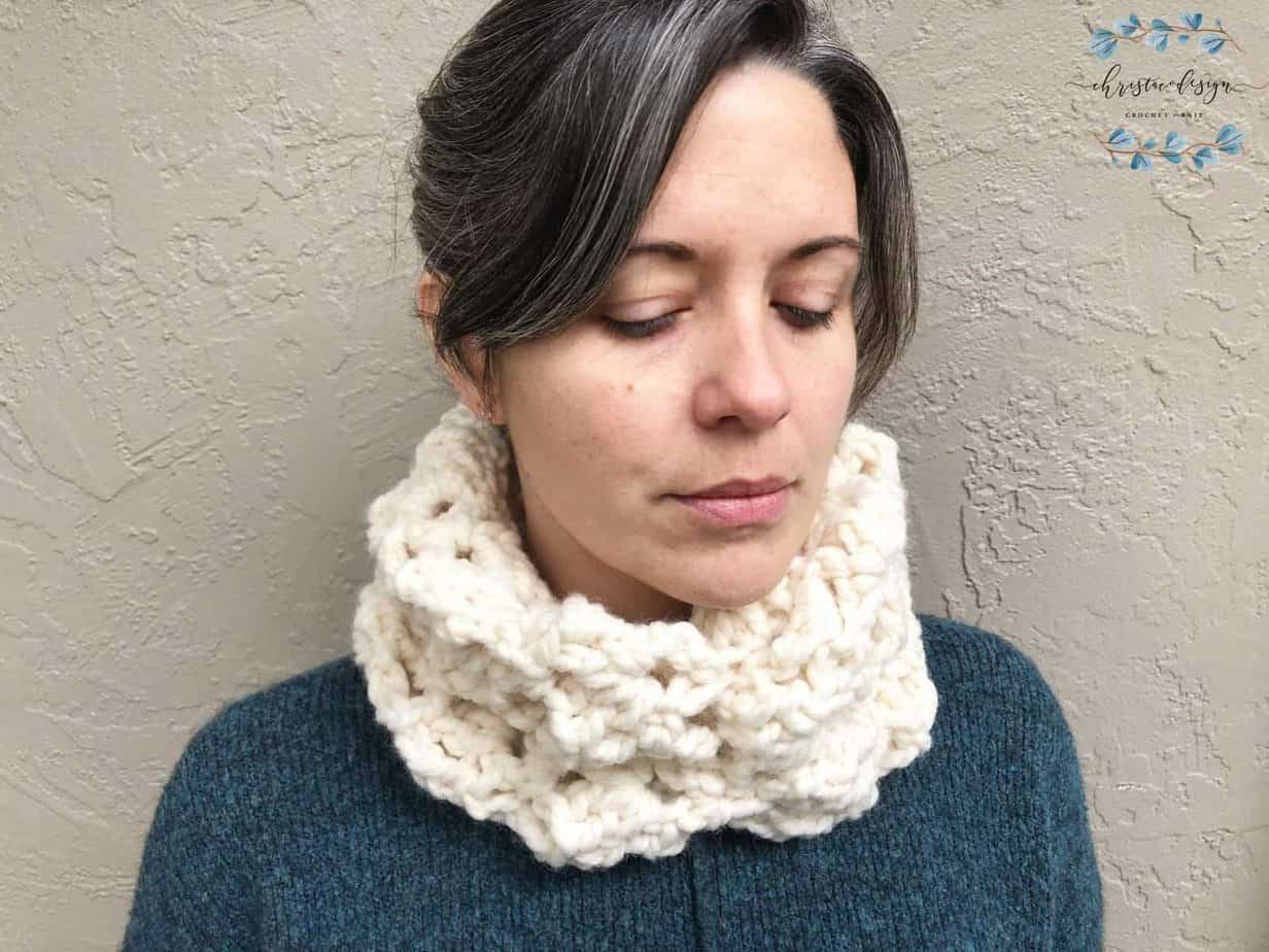 picture of woman wearing white easy chunky Sheila Cowl