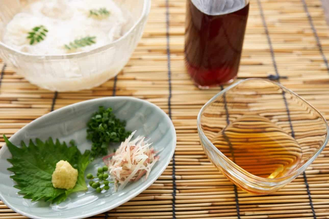 Making a batch of concentrated Mentsuyu (noodle soup base), is easy, and it makes having chilled noodles in summer even easier.