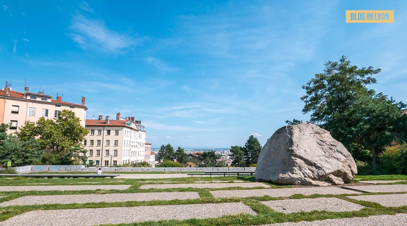 Fond d'écran Lyon – Juin | Le Gros Caillou