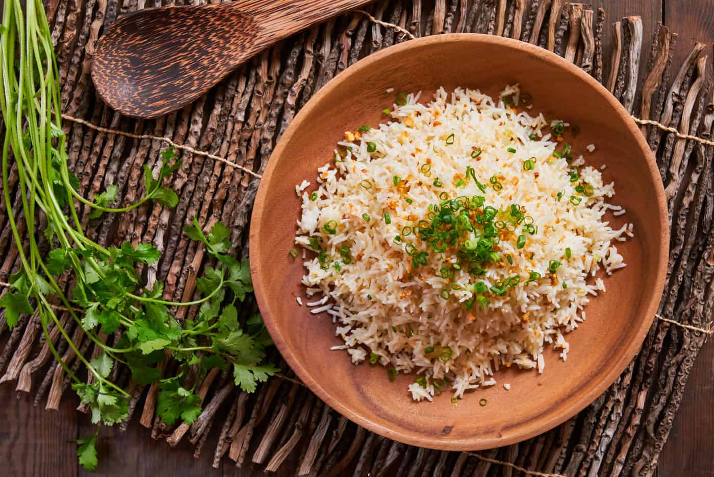With crispy caramelized garlic and rice, this simple 2 ingredient Sinangag (Garlic Fried Rice) makes for an incredibly flavorful side.