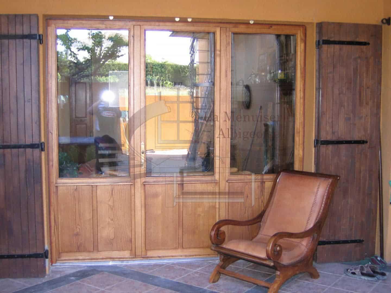 Porte-fenêtre en bois sur-mesure