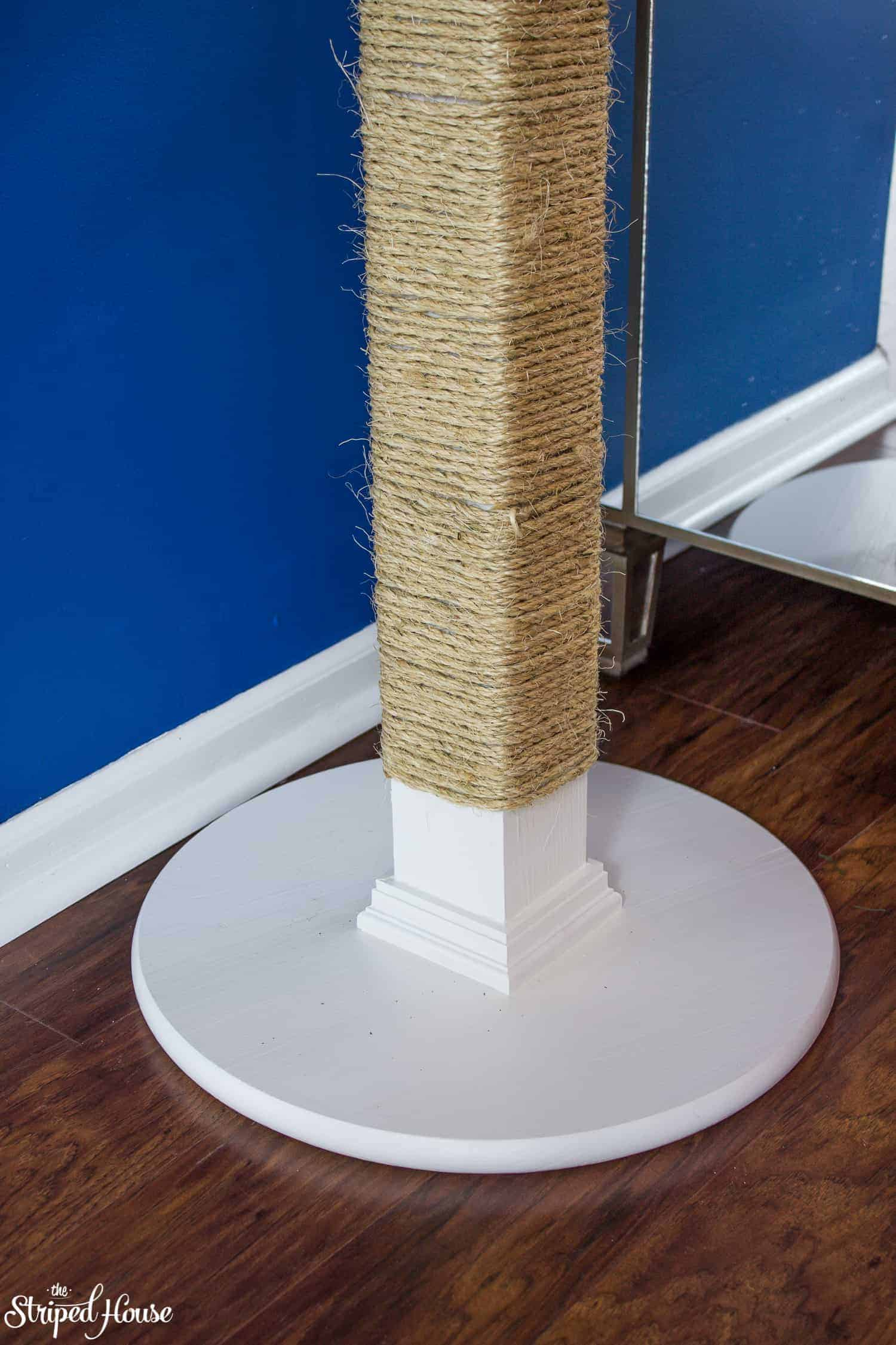 tutorial to build a stylish cat scratching post