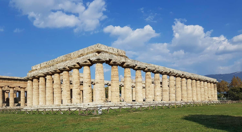 Tempio di Hera era esterno 9 colonne Paestum