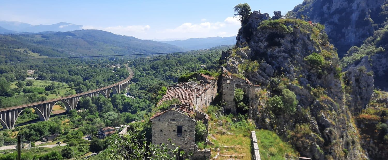 Borgo medievale di San Severino di Centola copertina