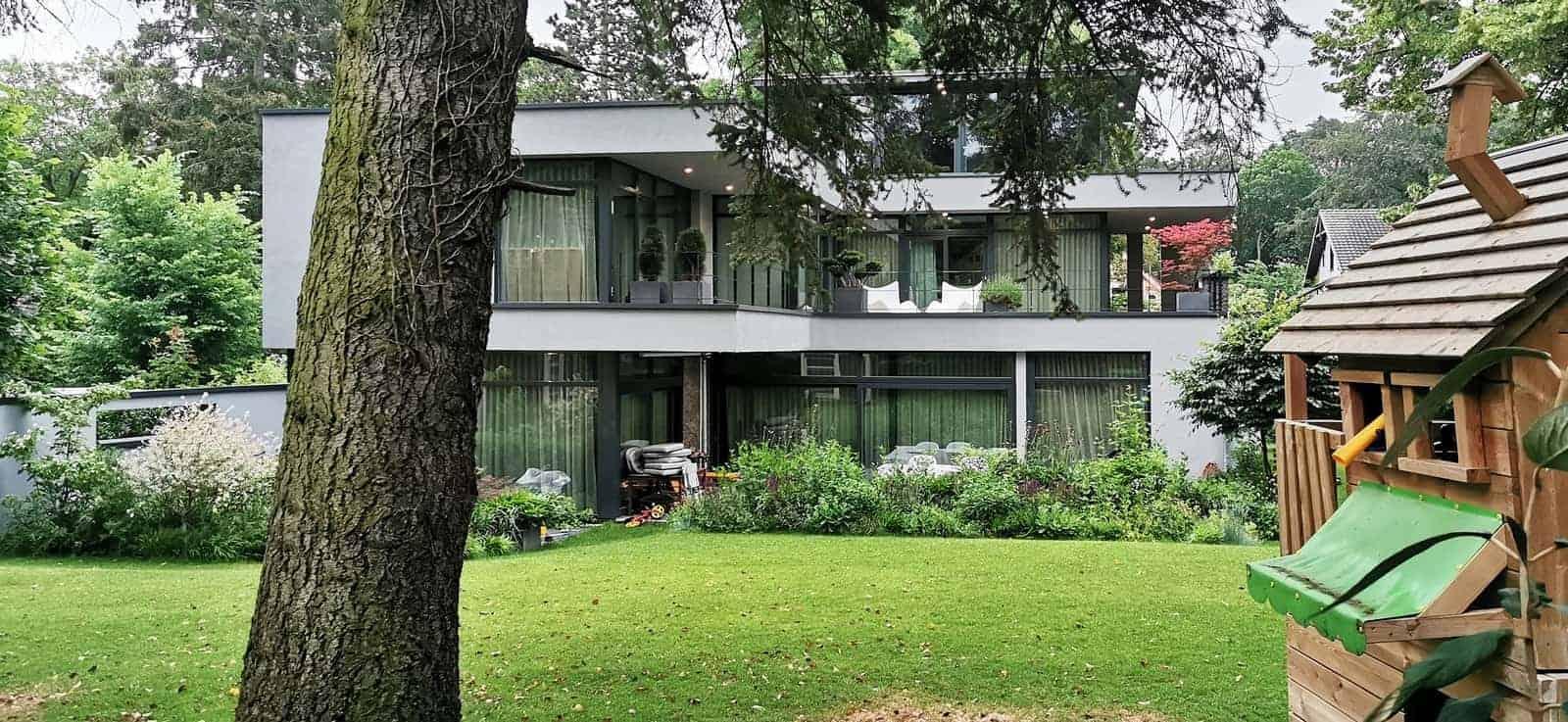 Wohnhaus mit Flachdach