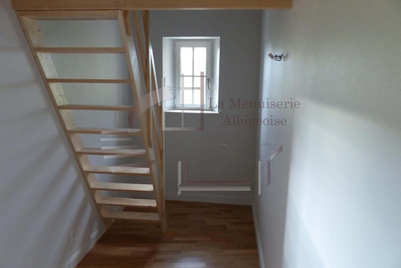 Escalier droit gain-de-place