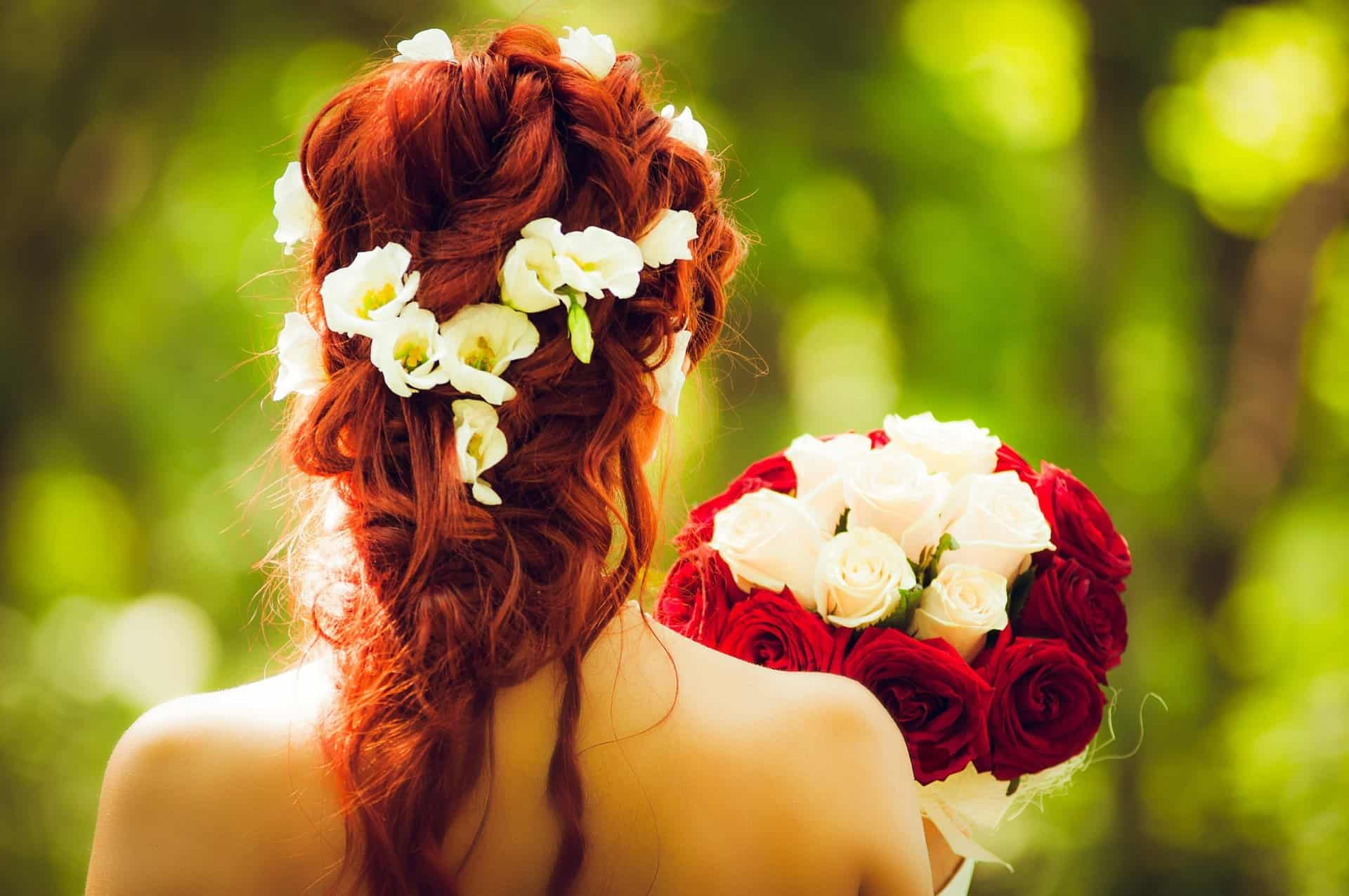 Farbschema Gelb Rot Carinas Hochzeitsplanung Welches Farbschema für die Hochzeit  wählen? Tipps & Erfahrungen