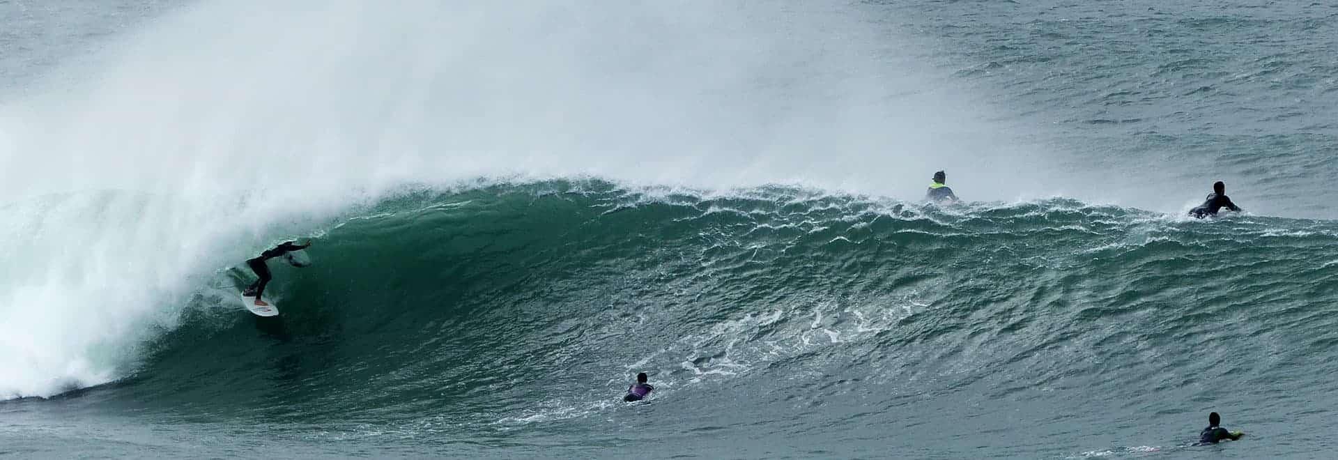 surf perfect waves at guincho lisbon