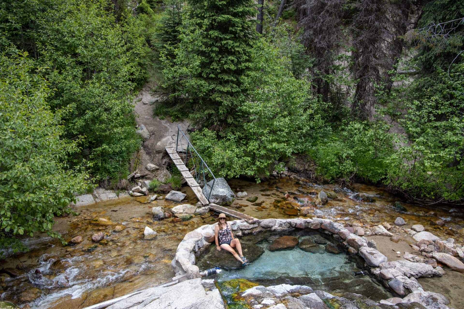 Hot Springs in Cascade Idaho // Hot springs, hiking, off-roading, biking, and more. Explore the best outdoor recreation in Cascade with this 4-day Cascade Idaho itinerary.