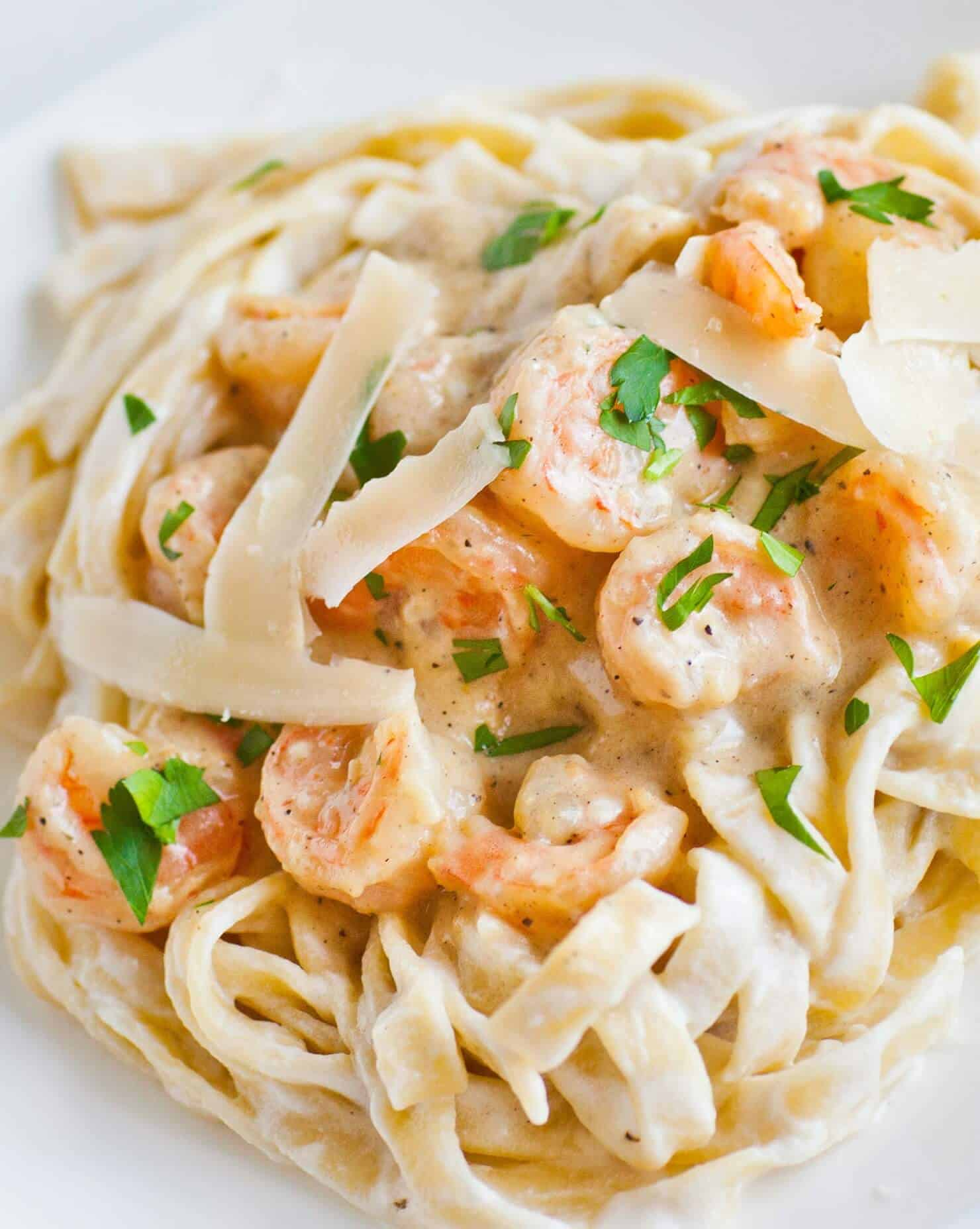 Shrimp Fettuccine Alfredo - Tatyanas Everyday Food-6520